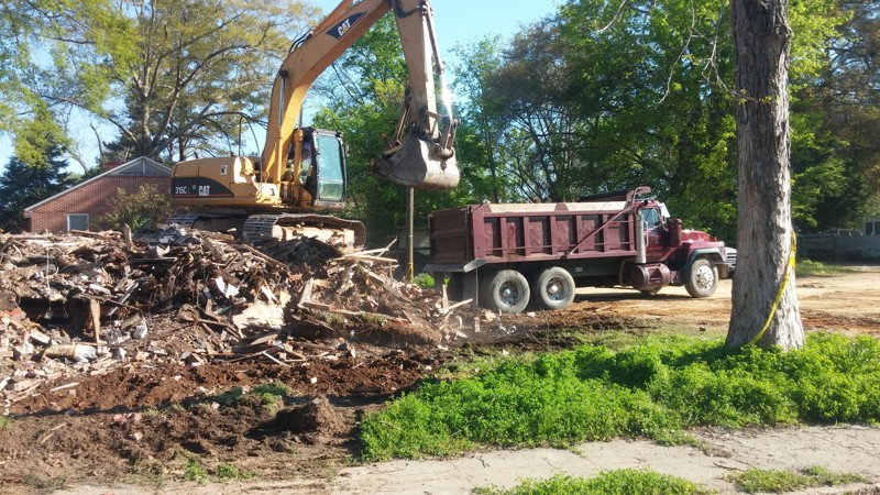 House demolition in alabama for Cost to demo interior of house